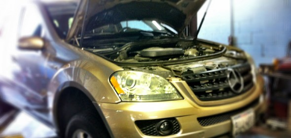 Performing Balance Shaft Replacement on a 2006 Mercedes-Benz ML350
